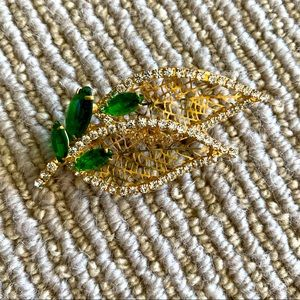 Brand New Stone Leaf Brooch